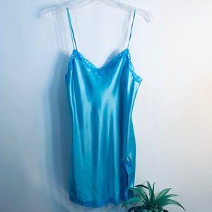 Victoria's Secret ~ Night gown lingerie sz M